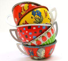 Vintage children tin tea cups via etsy.com