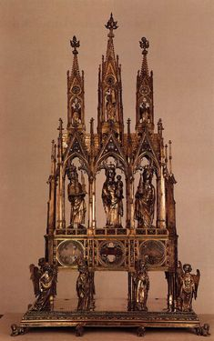 Reliquary of Charlemagne c. 1350. Silver, part gilt, height 125 cm. Cathedral Treasury, Aachen