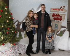 Tiffani Thiessen, Sean Murray at Santas Secret Workshop