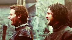 And when you smiiiiiile,  the whole world stops and stares for a whiiiile.    Richard Madden, Kit Harrington