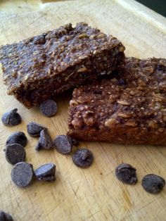 Finally a bar that's gluten-free, nut-free, low in sugar and filled with fibre, protein and omega-3s!  The perfect school lunchbox addition!