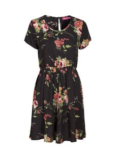 Indiska flower dress Short Sleeve Dresses, Dresses With Sleeves, Shopping, Shoes, Fashion, Tall Clothing, Sleeve Dresses, Shoes Outlet, Fashion Styles