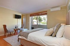 Mountain View Suite in Camps Bay Camps, Free Wifi, Mountain View, Villa, Contemporary, Luxury, Bedroom, Furniture, Home Decor