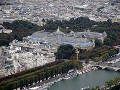 * Paris, França * 1. Grand Palais; 2. Petit Palais; 3. Ponte Alexander III; 4. Rio Sena.
