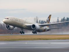 Etihad's first Boeing 787-9 is delivered from Seattle