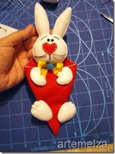 felt bunny - photo only, no link Felt Bunny, Easter Crafts, Easter Ideas, Clipart, Rabbit, Diy, Christmas Ornaments, Holiday Decor, Bunnies