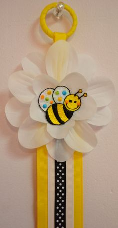 Bumblebee+Hair+Bow+Holder+by+Funnygirldesigns+on+Etsy,+$15.00