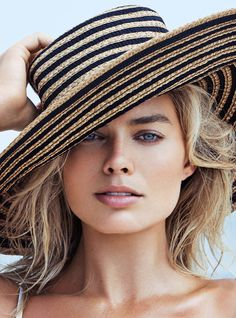 Margot Robbie by Patrick Demarchelier for Vanity Fair August 2016