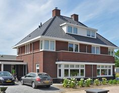 we life is good May House, Dutch Netherlands, House Floor Plans, Sliding Doors, Building A House, Villa, New Homes, House Design, Patio