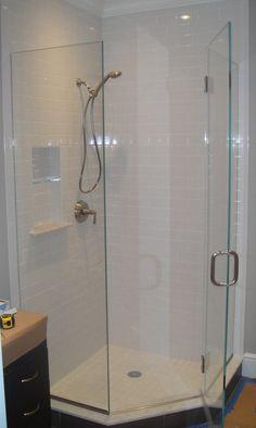 Neo-angle Frameless Shower Enclosure