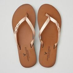 AEO Braid Leather Flip Flop ($25) ❤ liked on Polyvore featuring shoes, sandals, flip flops, rose gold, american eagle outfitters, real leather shoes, leather footwear, woven leather sandals and leather flip flops