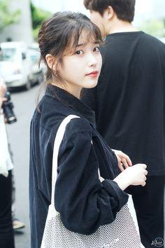 Iu Fashion, Korean Fashion, Korean Actresses, Actors & Actresses, Korean Girl, Asian Girl, Nfl Titans, Nfl Carolina Panthers, Pretty Asian