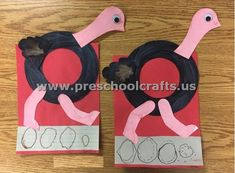 Letters Crafts for Preschoolers – Preschool and Kindergarten - letter crafts preschool alphabet Preschool Arts And Crafts, Preschool Letters, Kindergarten Crafts, Preschool Learning, Preschool Activities, Educational Activities, Nanny Activities, Abc Crafts, Classroom Crafts
