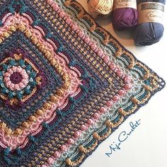 My #lostintimesquare is growing  Im using the Scheepjes Catona yarn and hook 4.0 to make a square lapghan. Pattern is in the future  . #mijocrochet #favoritgarner #scheepjes #scheepjescatona #crochetsquare #lostintimesquare #grannysquare #squareblanket #crochetsquareblanket #virkadruta #virkadfilt #craftastherapy
