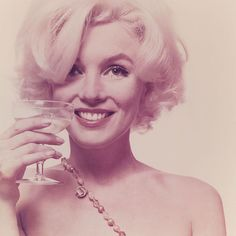 Marilyn Monroe's final photo-shoot images to be auctioned - Telegraph