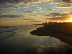 Mar de Necochea by pinkandharvestmoon, via Flickr