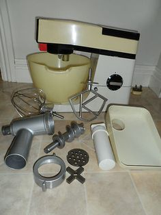manual for kenwood chef bake a cake pinterest vintage mixers rh pinterest com kenwood mixer a901 manual kenwood mixer manual a701a