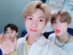 Cutie NoRen with smol Mark...kkk