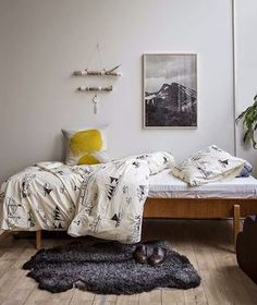10 Rad DIY Art Ideas for Your Walls (From Printables to Pain... | Poppytalk | Bloglovin'