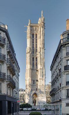 A Paris, la tour Saint-Jacques vue de la rue Nicolas Flamel. Nicolas Flamel, Architecture Parisienne, Paris Architecture, Paris Travel, France Travel, Paris Monuments, Paris Buildings, Tour Saint Jacques, Tower In Paris