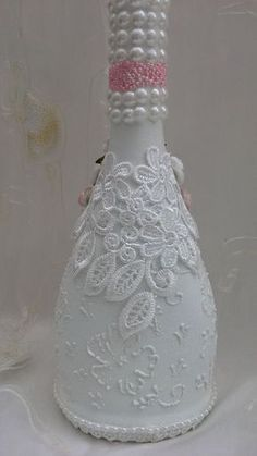 Discover thousands of images about shabby chic bottle altered bottle decorative bottle by Aligri Recycled Glass Bottles, Glass Bottle Crafts, Wine Bottle Art, Painted Wine Bottles, Diy Bottle, Bottles And Jars, Decorated Bottles, Bottle Lamps, Bottle Box