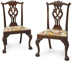 A PAIR OF CHIPPENDALE MAHOGANY SIDE CHAIRS  PHILADELPHIA, 1760-1780  38½ in. high