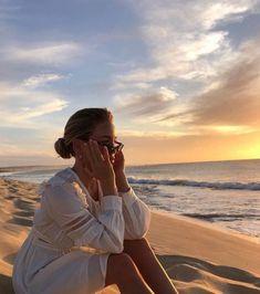 Beach Aesthetic, Summer Aesthetic, Summer Pictures, Beach Pictures, Summer Photography, Photography Poses, Picture Poses, Photo Poses, Shotting Photo