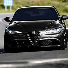 Alfa Romeo Giulia Quadrifoglio #alfaromeogiulia