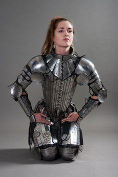 """{""""i"""":""""imgs\/329b35fb71510ff2ae3612f05dade9da.jpg"""",""""w"""":""""500″,""""h"""":""""750″,""""l"""":""""http:\/\/www.mylarpcostume.com\/2012\/09\/lightningboltthisfantasy-stainless-full-womens-armor-set-2\/""""}"""