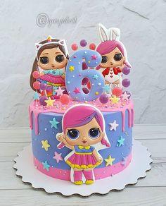 Baby Girl Birthday Cake, Funny Birthday Cakes, Lol Doll Cake, Barbie Cake, Bolo Hello Kitty, Disney Themed Cakes, Sugar Cookie Cakes, Cake Decorating Frosting, Surprise Cake