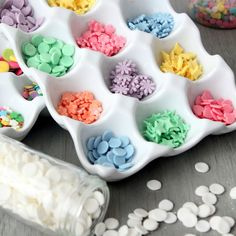 homemade sprinkles would make any treat so much cuter! Includes home made fondant recipe Cake Decorating Techniques, Cake Decorating Tips, Cookie Decorating, Dessert Decoration, Decoration Design, Cake Decorations, Cake Pops, Sprinkles Recipe, Candy Sprinkles