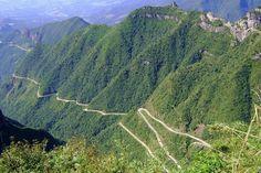 Conheça algumas das estradas mais impressionantes do mundo