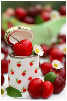 Farm Fresh Bing Cherries by theresahelmer on DeviantArt