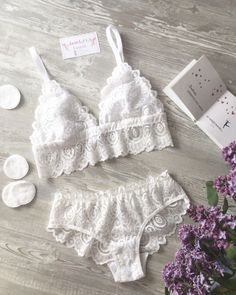 Firstly it is important that you understand your appropriate size. A badly fitting bra can result in back issues, muscle stress Sewing Lingerie, Lace Lingerie Set, Pretty Lingerie, Luxury Lingerie, Beautiful Lingerie, Women Lingerie, Urban Dresses, Underwear, Swimsuits