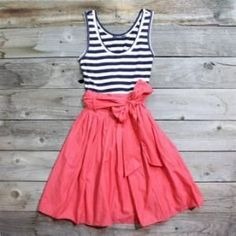 DIY dress, looks easy enough even for me, I will rock these dresses in the spring/summer Look Fashion, Diy Fashion, Ideias Fashion, Fashion Ideas, Fashion Vintage, Fashion 2018, Dress Fashion, Fashion Clothes, Cute Dresses