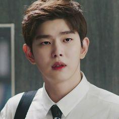 Asian Actors, Korean Actors, Korean Idols, Doctors Korean Drama, Kyun Sang, Netflix Horror, Japanese Men, Attractive People, Asian Boys