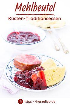 Nordfriesland Rezepte, Küsten Rezepte: Rezept für Mehlbeutel aus Nordfriesland und Dithmarschen. Ein leckeres Mittagessen mit Kasseler und Kirschsoße. Diese Spezialität von der Nordseeküste wird auch Mehlbüddel genannt. Essen mit Tradition. Man sollte immer das beste Mehlbeutel-Rezept benutzen und das ist von meiner Schwiegermutter ;) Einfaches Essen für viele Personen geeignet. In Dänemark wird der Mehlbüddel oder Mehlbeutet Melbudding genannt. Herzhaft und süß zugleich! #herzelieb