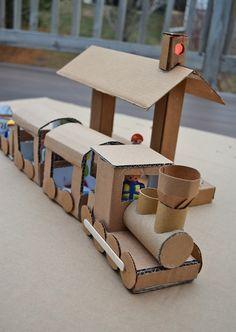 ikat bag: The Lights Project – Trainville – Kartonzug, Tunnel und Bahnhof. Alle Details sind so süß! Cardboard Train, Cardboard City, Cardboard Crafts, Paper Crafts, Cardboard Playhouse, Cardboard Furniture, Craft Stick Crafts, Diy And Crafts, Crafts For Kids