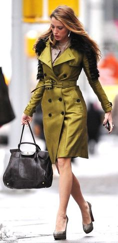 Blake Lively in Burberry, Christian Louboutin pumps, and Mulberry bag