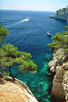 Calanques of Marseille, France Places To Travel, Places To See, Beautiful World, Beautiful Places, Ville France, Voyage Europe, South Of France, France Travel, Beautiful Landscapes