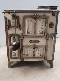 cuisini re en fonte maill e de marque godin ann e 1900 motifs floraux 580 godin pinterest. Black Bedroom Furniture Sets. Home Design Ideas