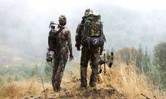 Hunting Tips] Bow Hunting Backpack Checklist For Hunters Hunting Packs, Hunting Tips, Elk Hunting, Archery Hunting, Archery Gear, Hunting Stuff, Tactical Packs, Ground Blinds, Hunting Backpacks