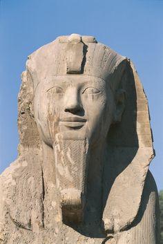 Egypt - Cairo - Ancient Memphis (UNESCO World Heritage List, 1979). Alabaster sphinx, 19th Dynasty (1341-1200 BC). Detail (с) DEA / W. BUSS