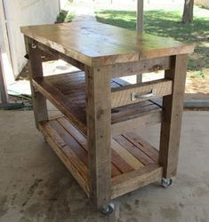 Mobile Kitchen Island Made From Pallets