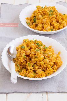 Arroz al curry. Cómo hacer arroz al curry, receta paso a paso. Chicken Salad Recipes, Veggie Recipes, Indian Food Recipes, Real Food Recipes, Vegetarian Recipes, Cooking Recipes, Yummy Food, Healthy Recipes, Ethnic Recipes