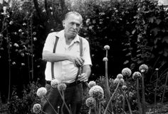 """- Interviewer: """"What is your advice to young writers?"""" - Charles Bukowski: """"Drink, fuck and smoke plenty of cigarettes."""" - Interviewer: """"What is your advice to older writers?"""" - Charles Bukowski: """"If you're still alive, you don't need any advice. Charles Bukowski Frases, Henry Charles Bukowski, Ernest Hemingway, Poem Quotes, Best Quotes, Favorite Quotes, Awesome Quotes, Famous Quotes, Cool Words"""