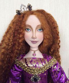 Купить Принцесса Шафран. Авторская кукла. Нашла свой дом) - фиолетовый, цвет фуксии, ежевичный