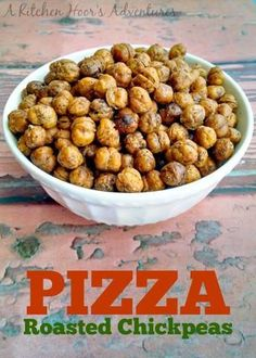 Pizza Roasted Chickpeas Pizza Flavors, Pizza Recipes, Dog Food Recipes, Vegetarian Recipes, Healthy Recipes, Vegetarian House, Healthy Pizza, Chickpea Snacks, Fried Beans