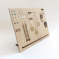 Your place to buy and sell all things handmade - Minimalist Pegboard Earring Display x {{ wood display, lasercut, custom display, post e - Wood Jewelry Display, Necklace Display, Wood Display, Earring Display, Jewellery Display, Pegboard Display, Earring Holders, Earring Storage, Necklace Storage