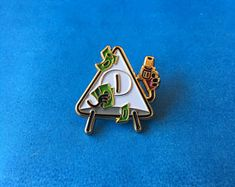 Pin Enamel, Hard Enamel Pin, Bill Cipher, Pin And Patches, Cute Pins, Keychains, Venus, Jewellery, Stickers